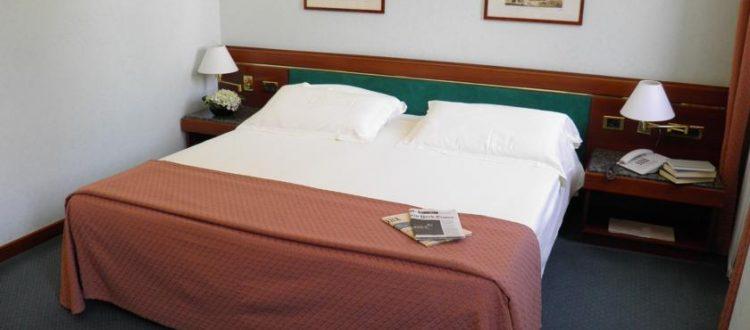 Camera Matrimoniale Per Uso Singolo.Camera Doppia Uso Singola Crivis Hotel